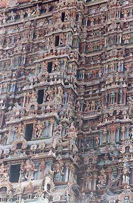 Der Sri-Meenakshi-Tempel in Madurai: Ein Kunstwerk drawidischer Baukunst und Pilgerort vieler Hindus