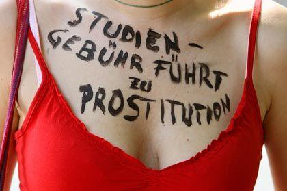 Deutscher Protest gegen Studiengebühren: Bis zu 40.000 Hochschülerinnen prostituieren sich in Frankreich