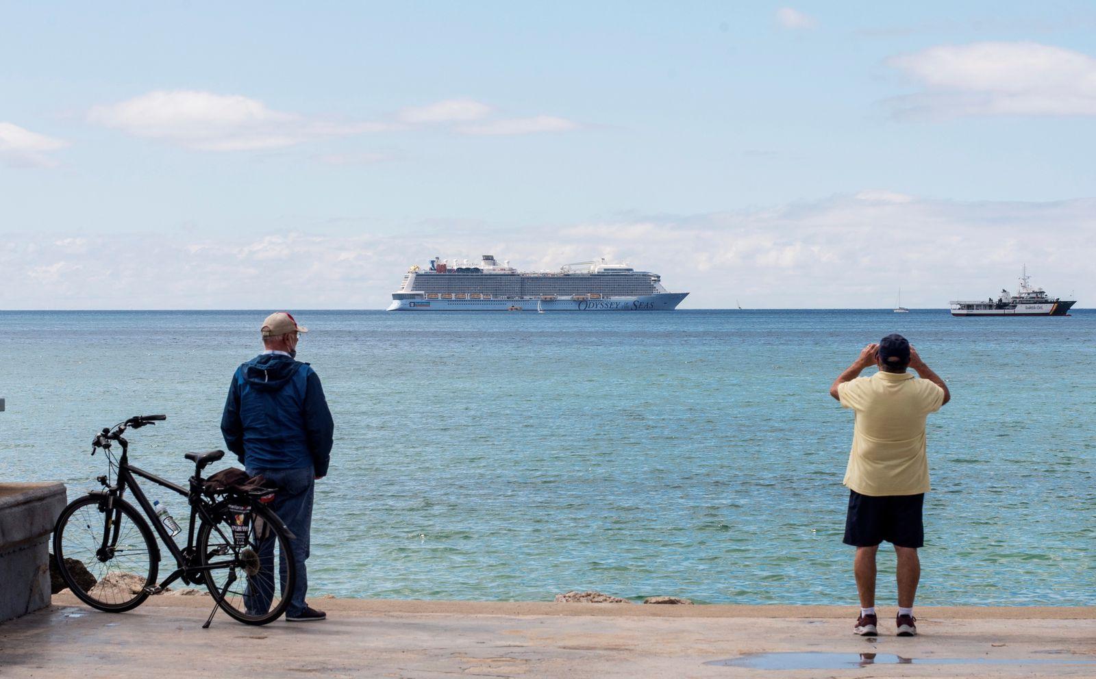 International cruise leaves crew members in Palma de Majorca after testing positive in coronavirus