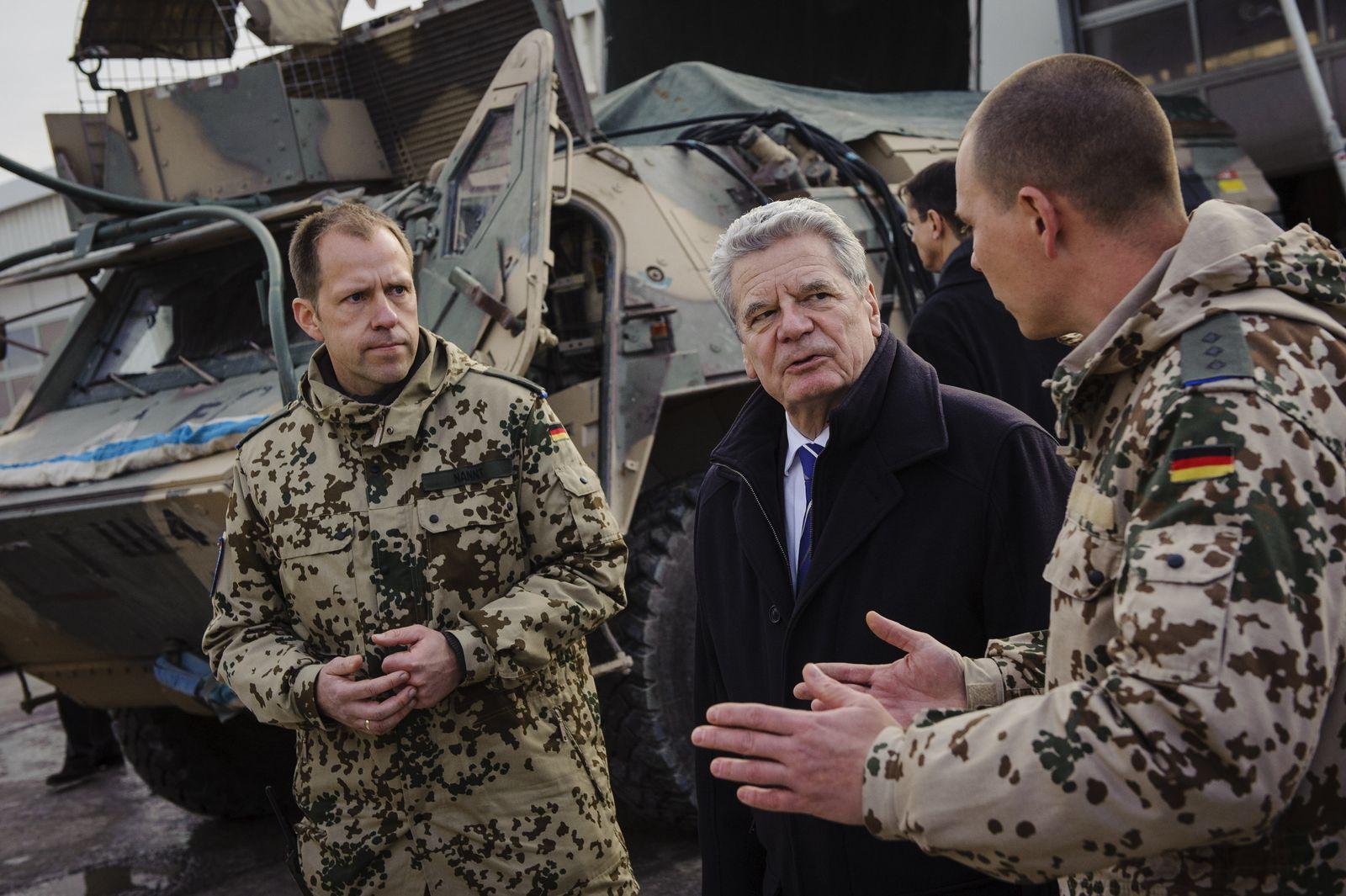 Joachim Gauck panzer