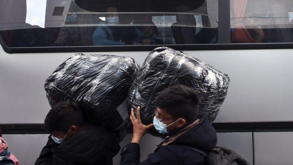 Migranten auf Lesbos (Archivbild)