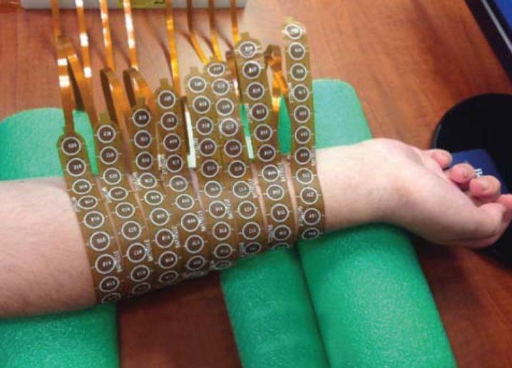 Manschette mit 130 Elektroden