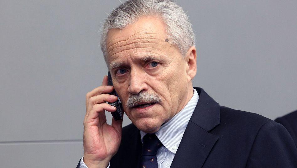 Verfassungsschutz-Chef Fromm: Schwere Versäumnisse rund um rechten Terror