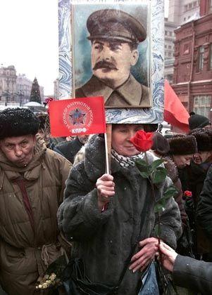 Stalin-Plakat: Unkritischer Umgang mit der Geschichte