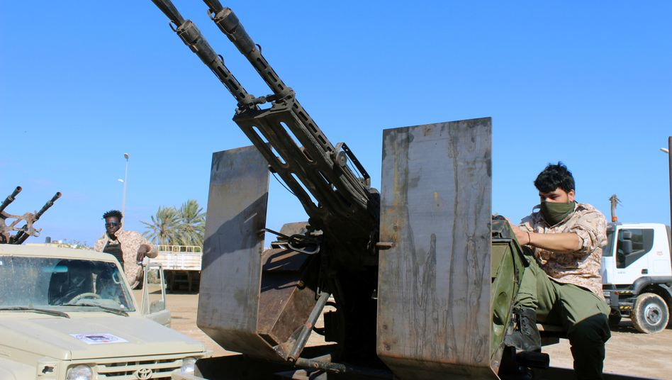 Brüchige Feuerpause: Truppen der international anerkannten Regierung in Libyen
