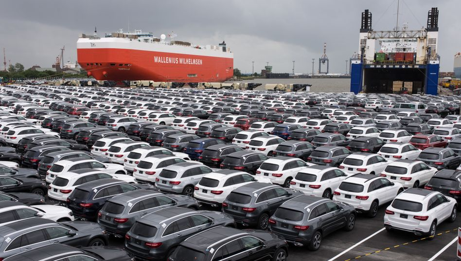 Deutsche Neuwagen für den Export: Drohen schwächere Nachfrage und Zölle?