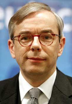 Thomas Mirow: Seine Partei liegt bei 30 Prozent