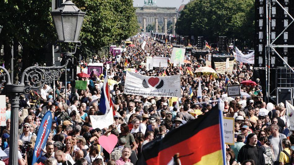 Berliner Demonstration gegen die Corona-Maßnahmen, Ende August