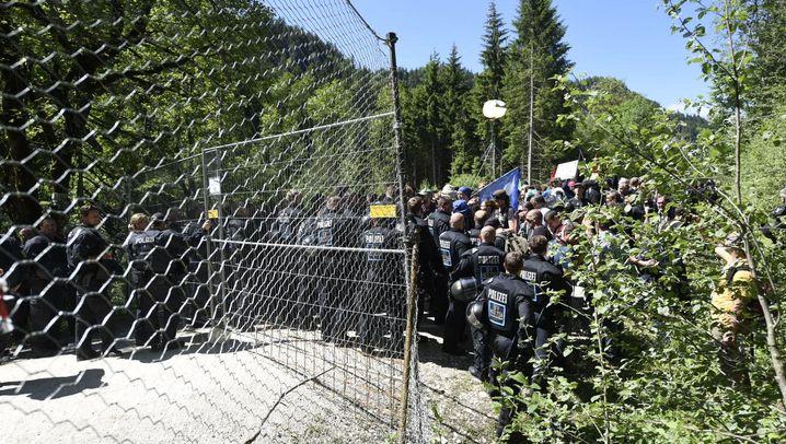 G7-Gipfel: Protest auf tausend Höhenmetern