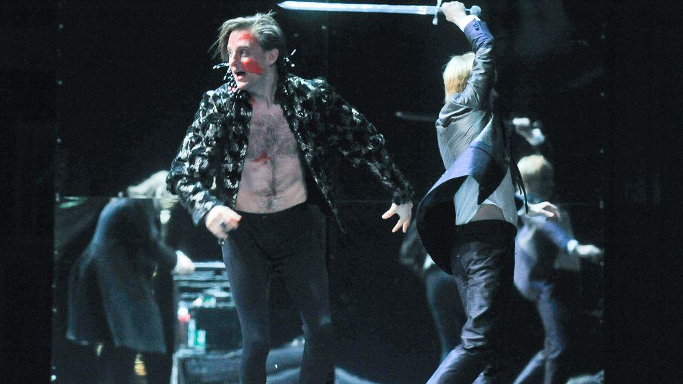"""Premiere von """"Hamlet"""": Der Hardcore-Narzisst"""