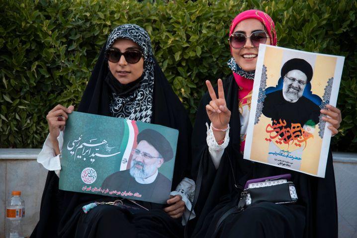 Wahlkampf für Kandidat Ebrahim Raisi in Teheran: In Umfragen genießt er mit Abstand die höchste Zustimmung