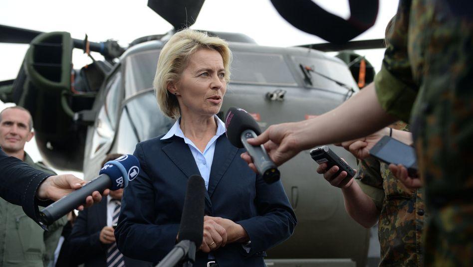 Bundesverteidigungsministerin von der Leyen: Suders Berufung gilt als problematisch