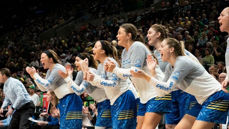 Virales Video: US-College-Basketballerinnen treffen fünfmal in Folge von der Mittellinie