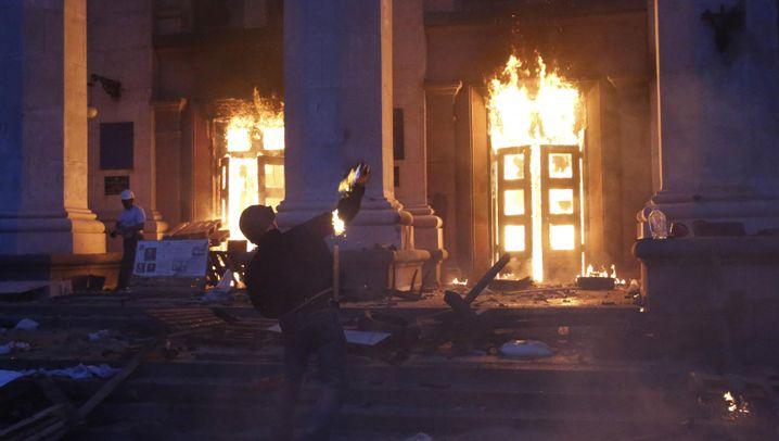 Dutzende Tote in Odessa: Angriff mit Brandbomben
