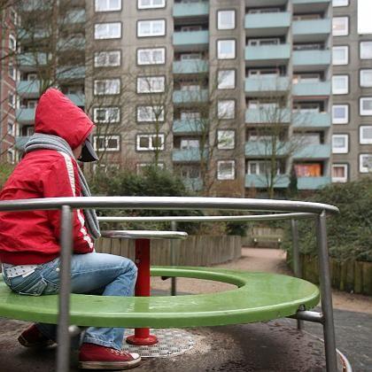 Immer mehr Arme in Deutschland: Die Kluft zu den Reichen wird immer größer