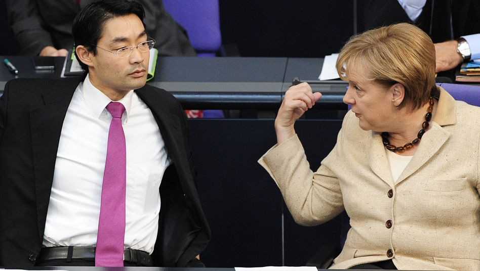 Vizekanzler Rösler, Kanzlerin Merkel: Ein Fall für den Ältestenrat