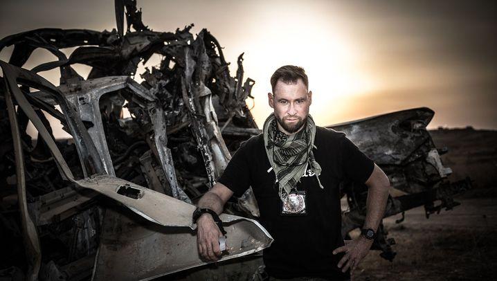Hobby-Kriegsfotograf: Raus aus dem Büro, ab an die Front