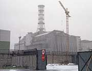 Stahlbeton-Hülle über dem Unglücksreaktor in Tschernobyl: Super-GAU auf Arte