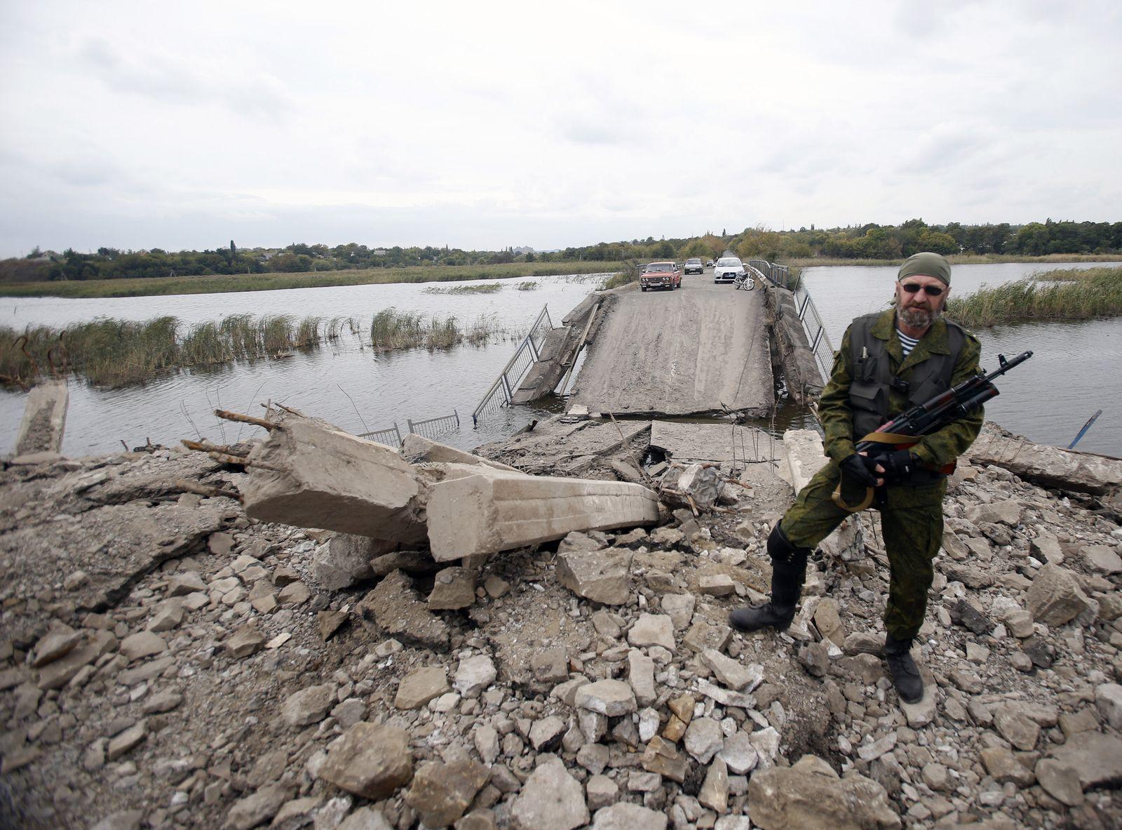 Ukraine/ Pro-Russischer Rebell