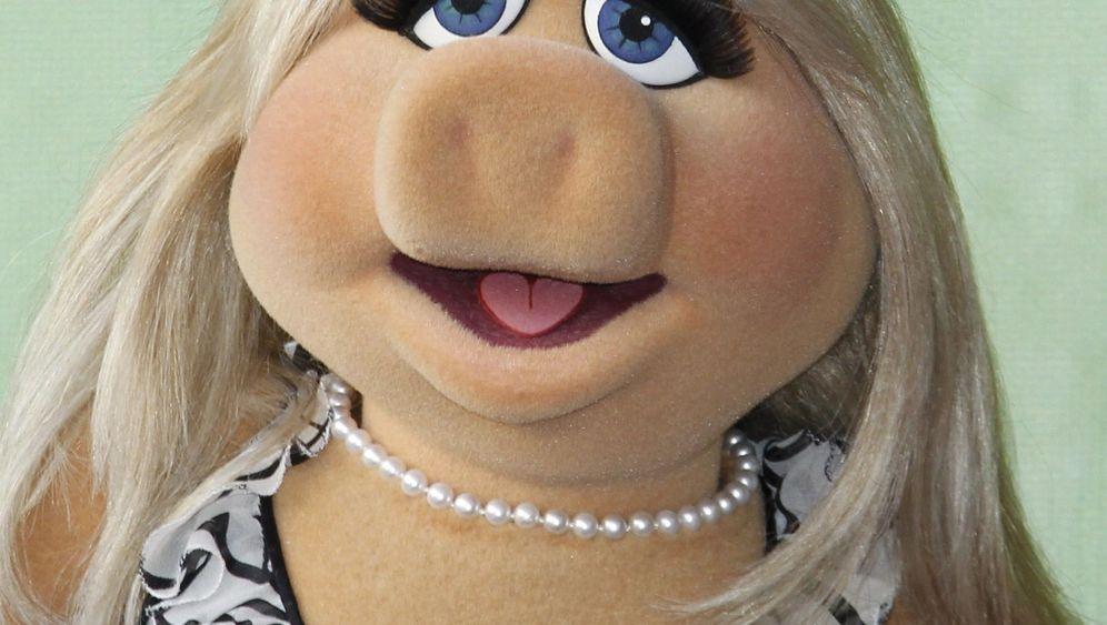 Heidi Klum im Muppet-Clip: Singen für ein Rüsseltier