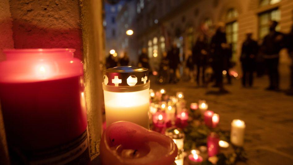 Trauerkerzen nach dem Anschlag in Wien vom 4. November 2020