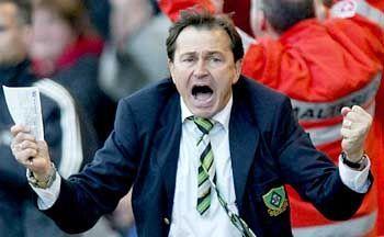 Lienen als Borussen-Trainer: In Mönchengladbach gewann er auch im weißen Hemd