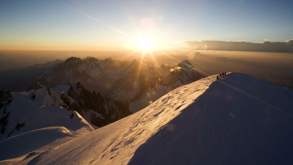 Mont Blanc may be beautiful, but its glaciers conceal dangers.