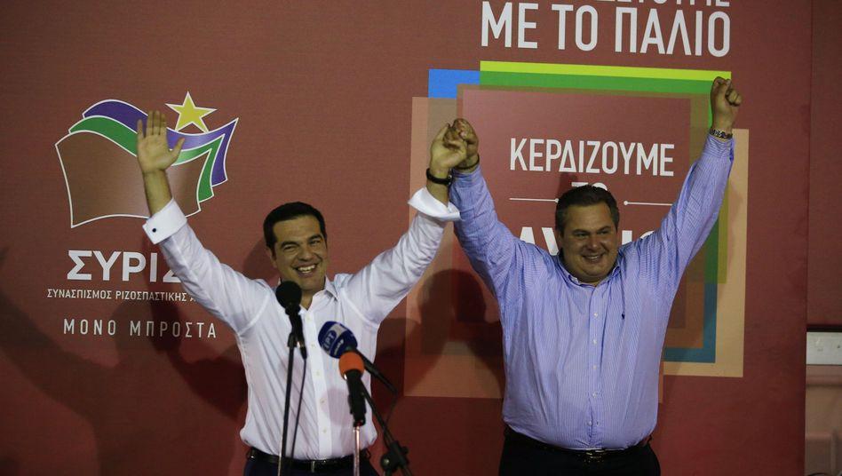 Griechenland-Wahl: Tsipras feiert Siegund schwört Griechen auf harte Zeiten ein