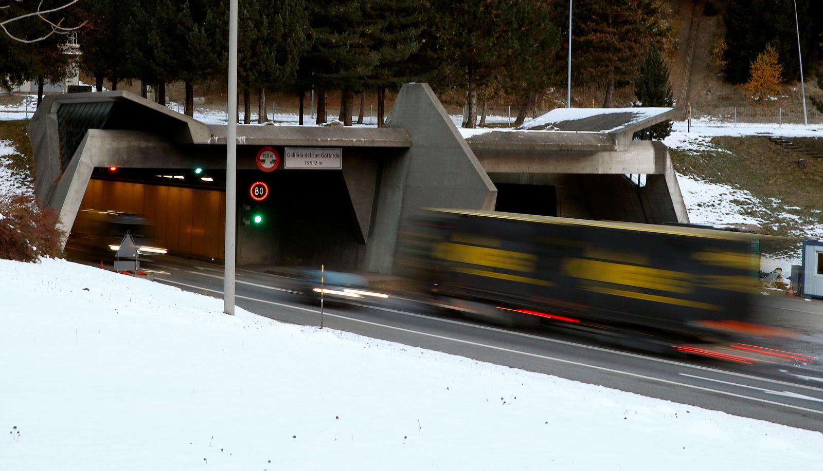 Gotthard Tunnel/ Schweiz