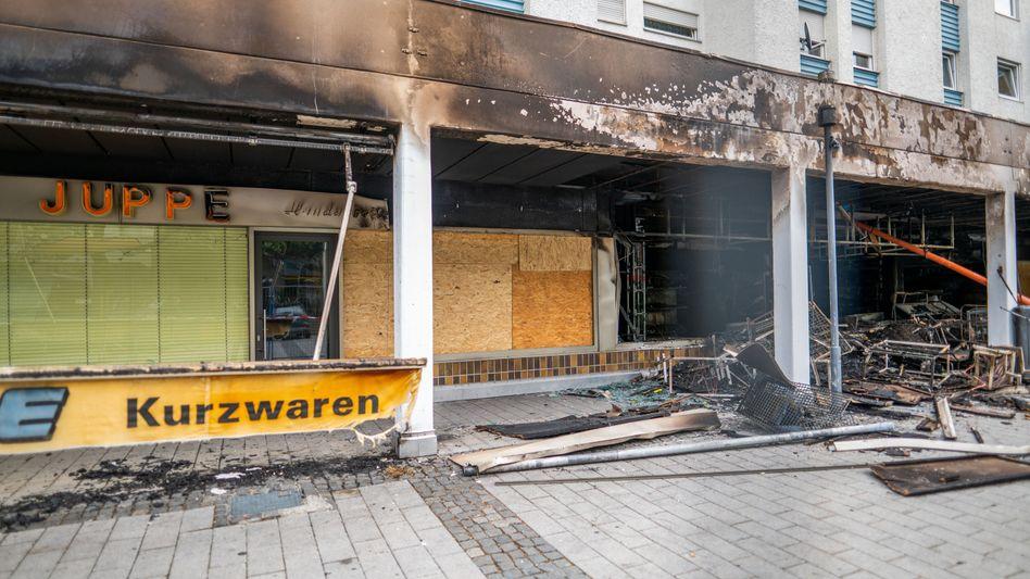 Zerstörtes türkisches Geschäft in Waldkraiburg (Archivbild vom 20. April 2020)