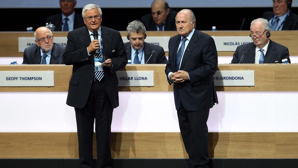 "DFB-Boss Zwanziger (l.), Fifa-Chef Blatter: ""Wir mussten klug sein"""