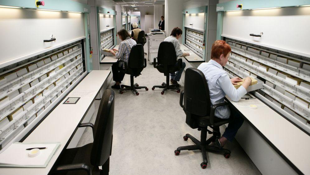 Studie über IM: Neues Kapitel in der Stasi-Geschichte?