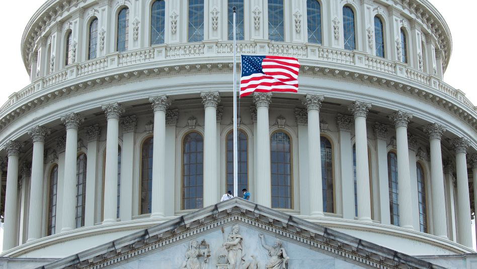 Kapitol in Washington: Noch um Billionen Dollar voneinander entfernt