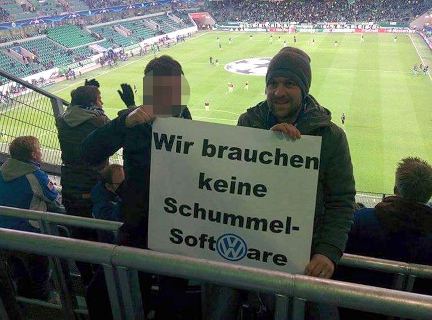 EINMALIGE VERWENDUNG Gent-Fans/ Banner/ Stadion-Rausschmiss