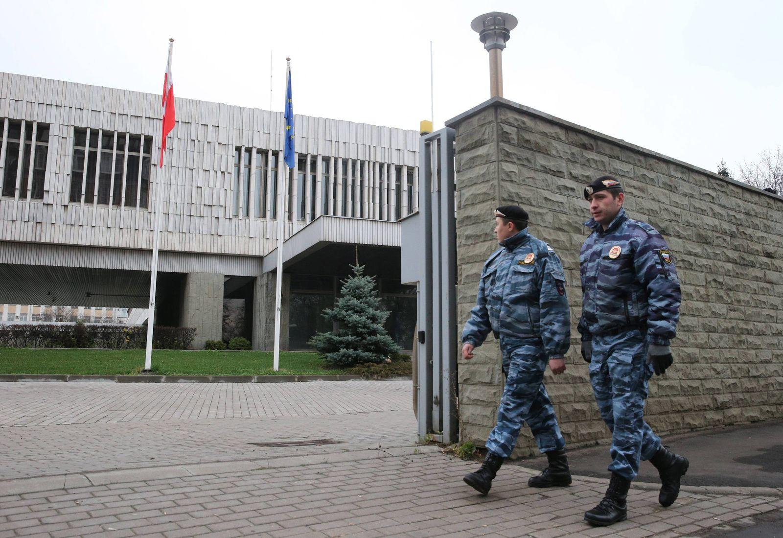 EINMALIGE VERWENDUNG Polnische Botschaft Moskau