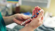 Krankenhäuser sollen ab Mitte Dezember Personal impfen können