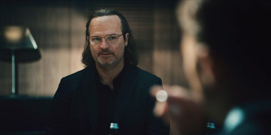 Mišel Matičević spielt in »The Billion Dollar Code« Juri – einen fiktiven Softwareentwickler mit wahren Vorbildern