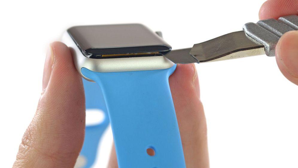 Smartwatch geöffnet: Das Innenleben der Apple Watch