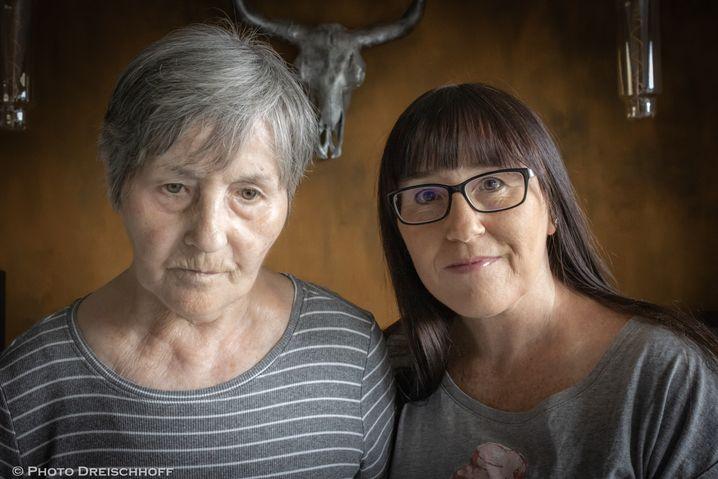 Renate Walczak und ihre Tochter Sandra Dreischhoff