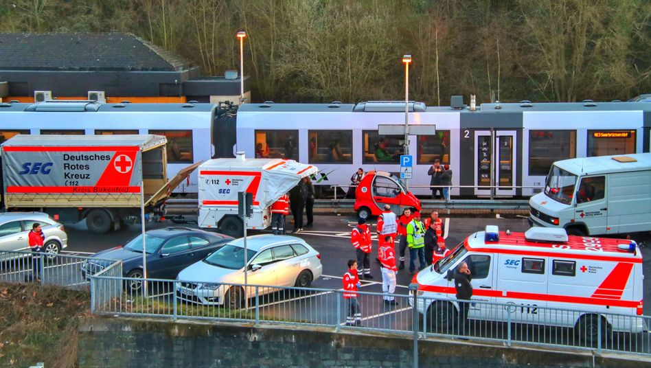 Fahrgast mit Verdacht auf Coronavirus: Bundespolizei stoppt Regionalzug in Rheinland-Pfalz