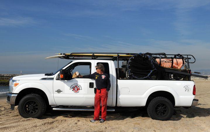 """Peter Wallerstein, 60, mit Hund Pumpkin: """"Ich kann überall hin, wo ich gebraucht werde"""""""