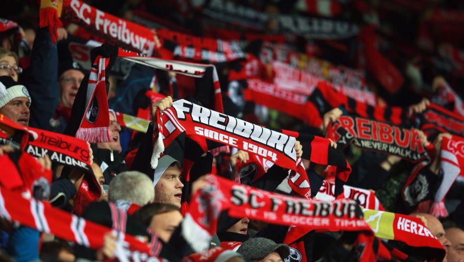 """SC-Freiburg-Fans: """"Liebe ist nie erkaltet"""""""