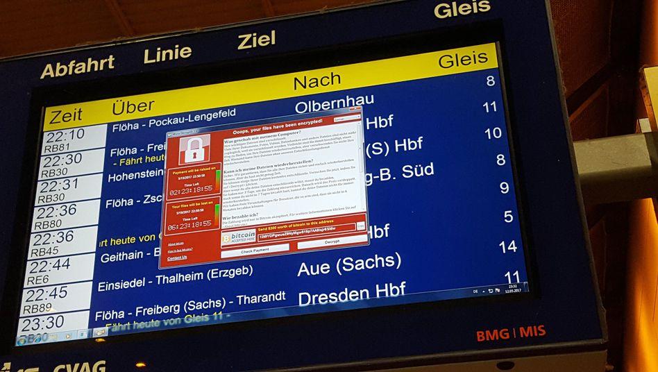 Anzeige im Hauptbahnhof in Chemnitz am Freitag: Forderung von Lösegeld