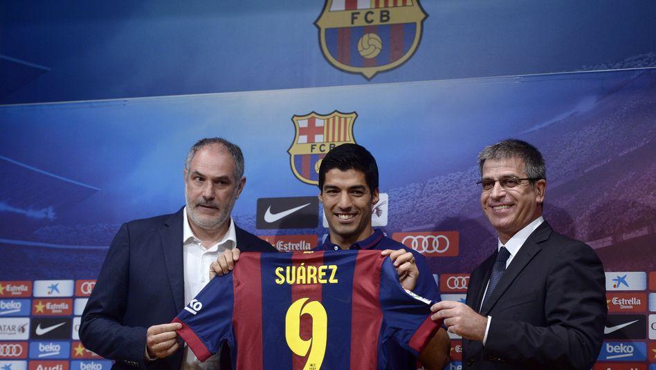 Zubizarreta (mit Suárez): Aus als Sportdirektor des FC Barcelona