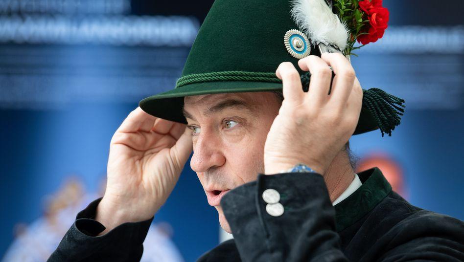 Markus Söder mit Schützenhut: Ist sein Platz wirklich in Bayern?