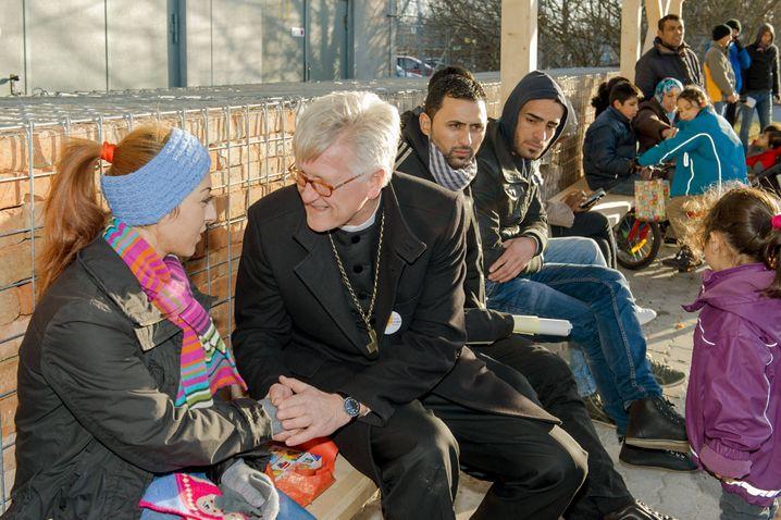 Bedford-Strohm an Heiligabend mit Flüchtlingen in München