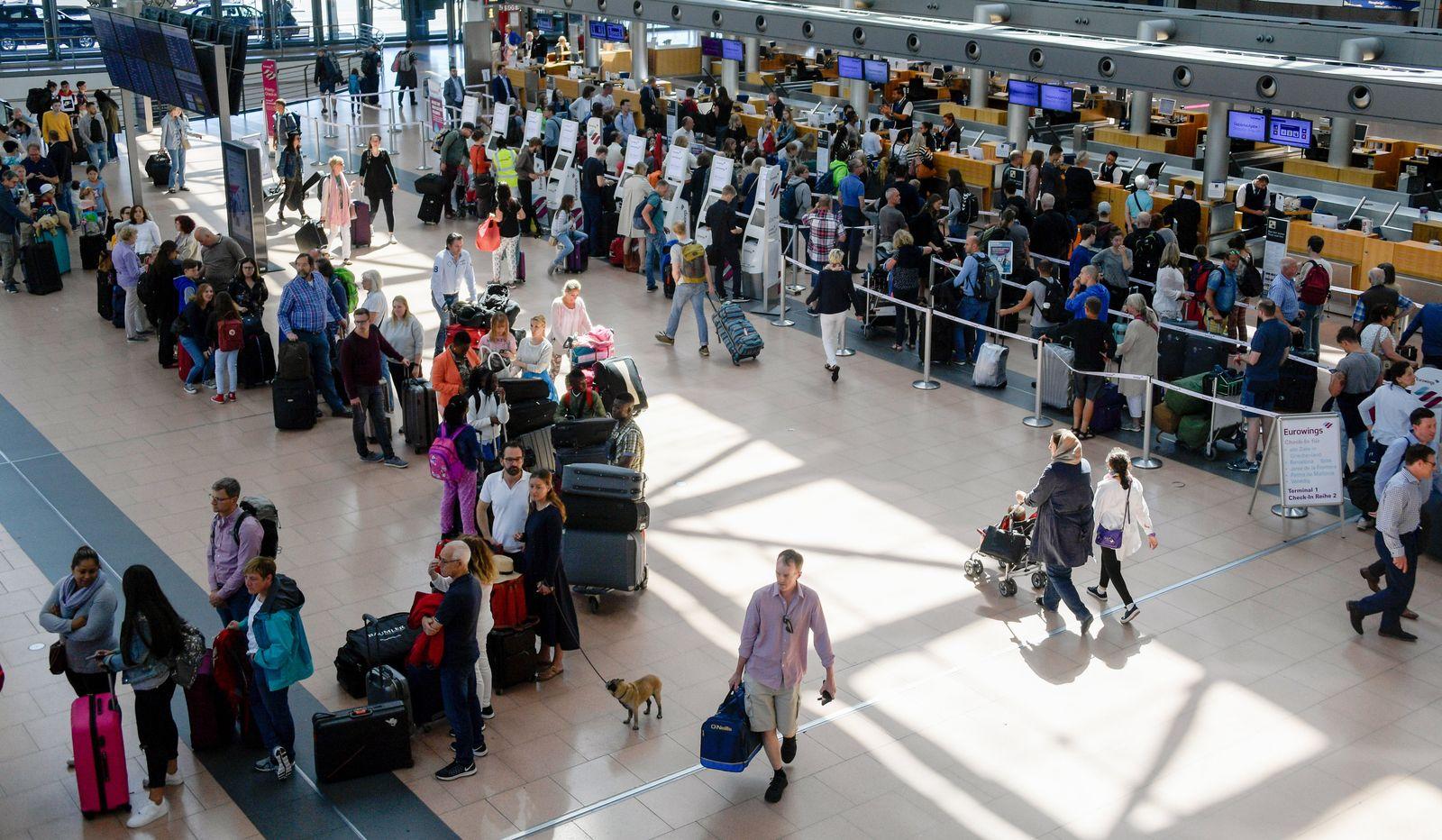 Flughafen Hamburg Check-in