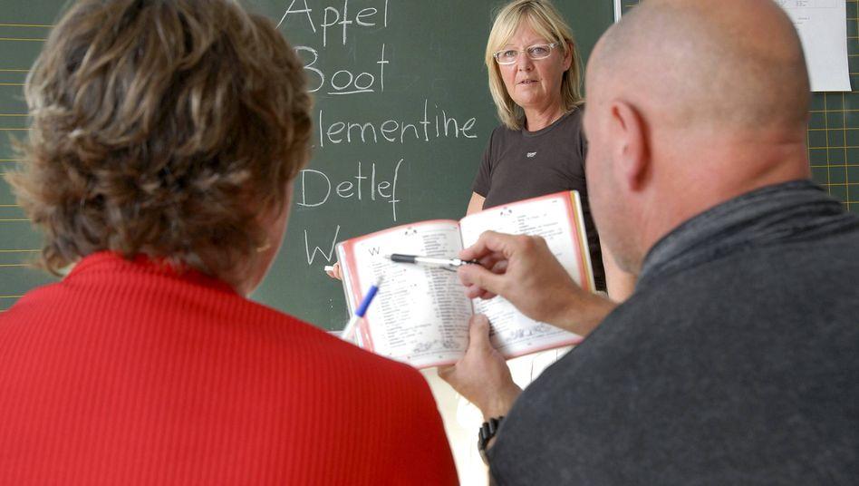 Schulung erwachsener Analphabeten: Probleme beim Textverständnis