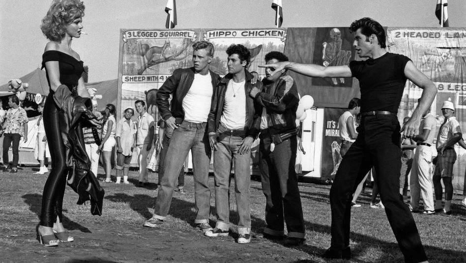 "Olivia Newton John in ""Grease"" (1978) mit John Travolta (r.): Im Lederdress zum Weltstar"