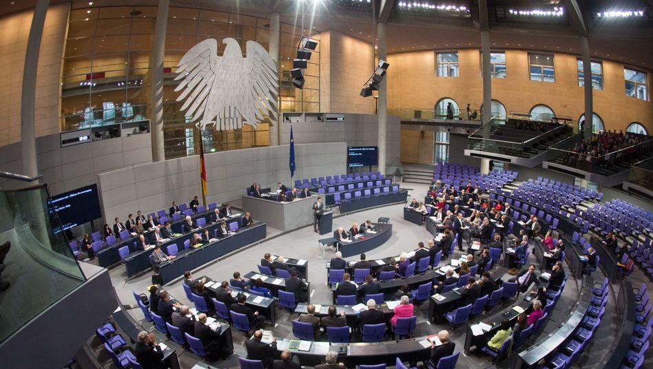 Abgeordnete im Bundestag (Archivbild): Outlook für alle